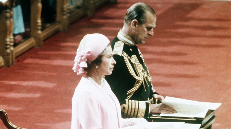 Queen Elizabeth II is seen while kneeling with her husband Prince Philip, the Duke of Edingburgh, at  St. Pauls's Cathedral, Parish Church of the City of London, during her Silver Jubilee celebrations on June7, 1977. (AP-PHOTO/POOL)