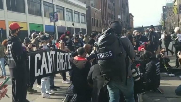 Protestors gather before Chauvin trial