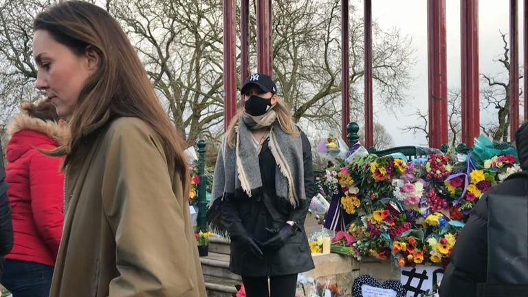 دوشس کمبریج با احترام به سارا اورارد ادای احترام می کند