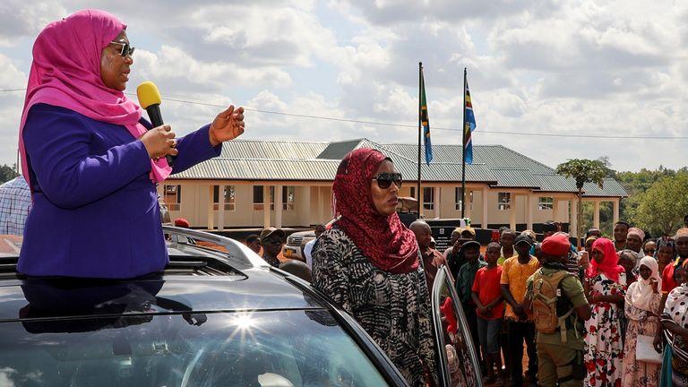 رئیس جمهور جدید تانزانیا ، سامیا سولوهو حسن ، روز سه شنبه در منطقه تانگا کشور سخنرانی کرد
