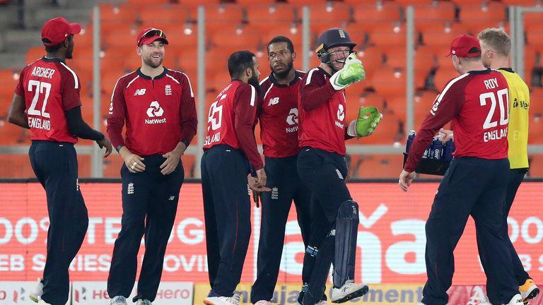 Chris Jordan takes an incredible boundary catch to dismiss Suryakumar Yadav in the fifth T20I