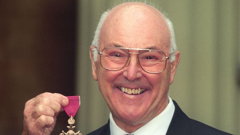 Sky Sports News Formula 1 reporter Craig Slater pays tribute to Murray Walker who has died aged 97