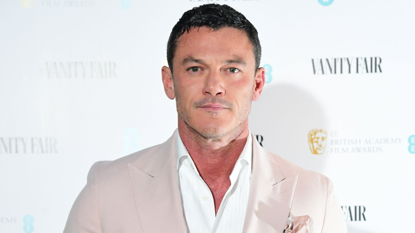Luke Evans says he 'would jump at the chance' to play the next James Bond