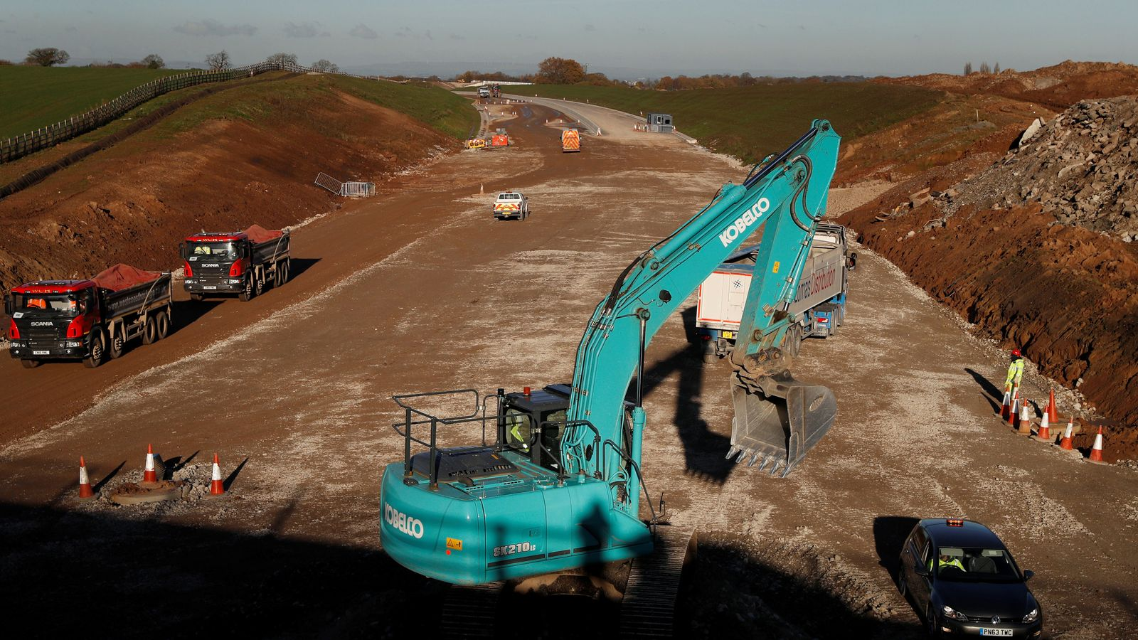 Climate change: Carbon emissions from England's £27.4bn roads scheme '100 times greater than government claims', experts tell court