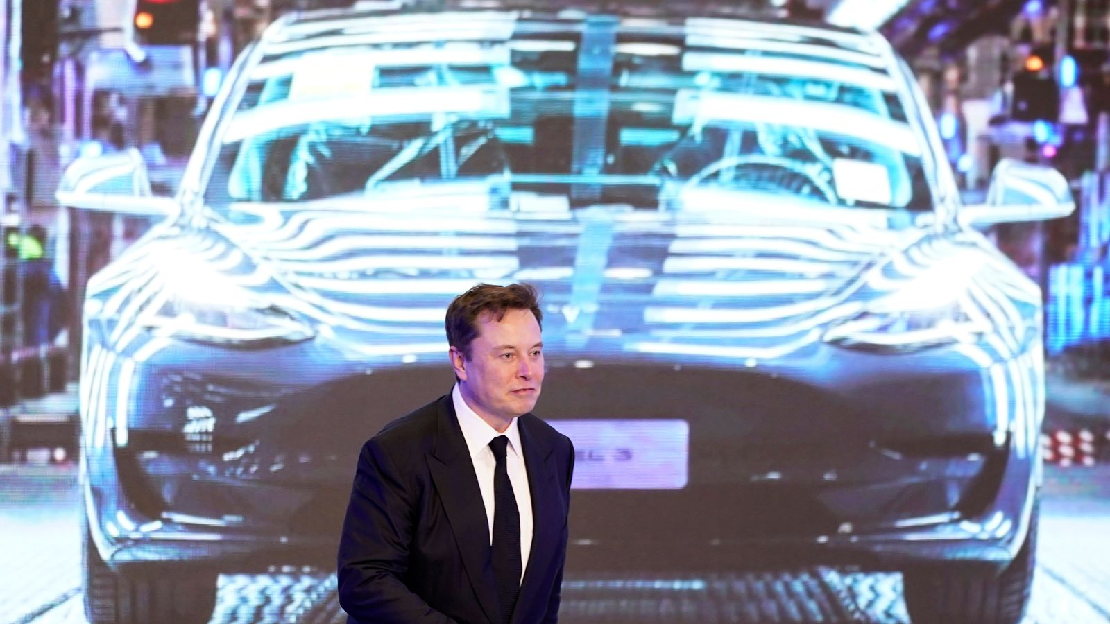Elon Musk says he 'rather hates' being CEO of Tesla