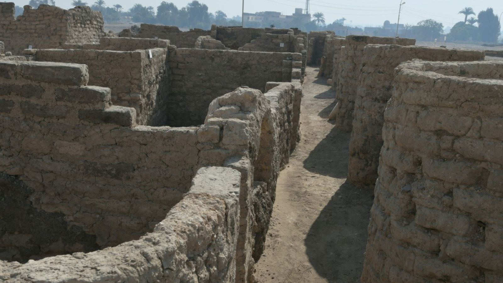 Luxor discovery: 'Ancient Egypt's Pompeii' found as archaeologists uncover 3,400-year-old 'lost golden city'