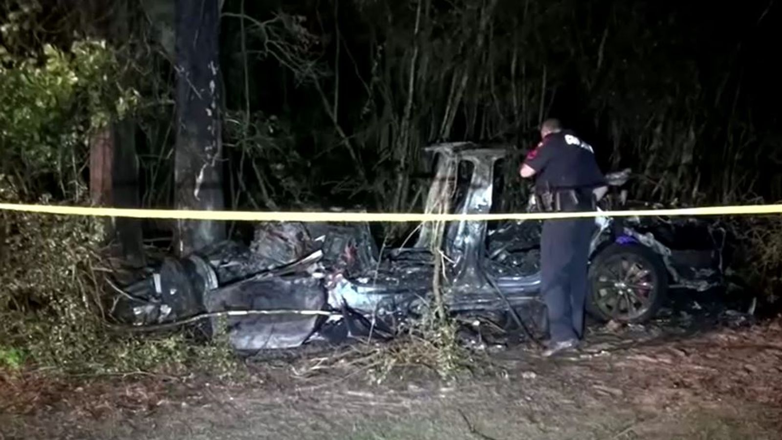 Police to search Tesla after vehicle crash that killed two people