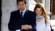 Former Pakistan cricket captain Imran Khan, accompanied by his wife Jemima, arrives at the London's High Court July 26. Former England team-mates Ian-Botham and Allan-Lamb are suing Khan for libel over an article which appeared in India Today.