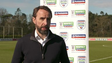 Southgate: Balance needed for online interaction