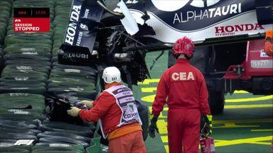 Tsunoda crashes in qualifying