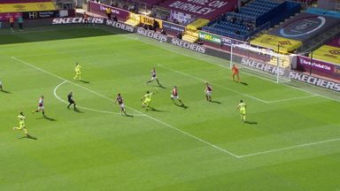 Brilliant goal from Saint-Maximin! (64)