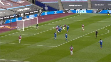 Bowen slots in West Ham's third (48)