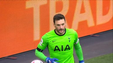 Lloris keeps out Fernandes (63)