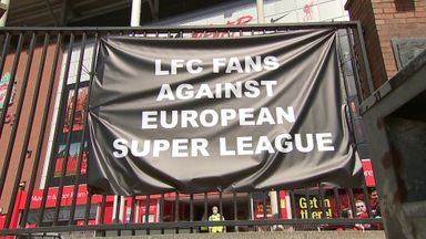 Liverpool fans show anger at ESL plans