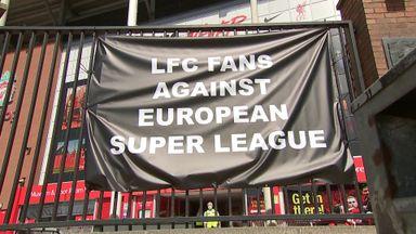 Liverpool fans show anger at ESL plans