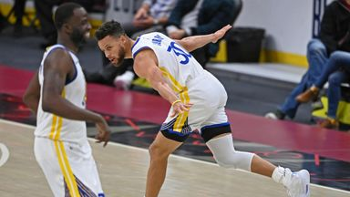 Curry scores 30+ for ninth game in a row