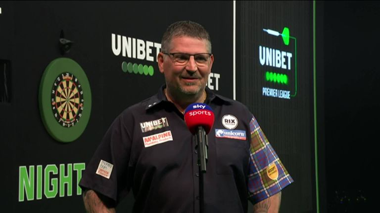 Gary Anderson was full of praise for Jose De Sousa after he recorded a 7-5 victory but only rated his own performance a 2 out of 10!
