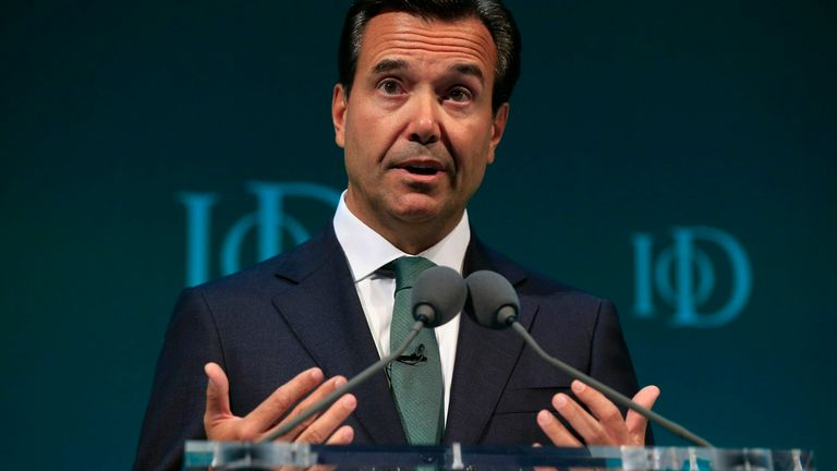 Antonio Horta-Osorio, Group Chief Executive Lloyds Banking Group, addresses the Institute of Directors convention at the Royal Albert Hall, London 6/10/2015