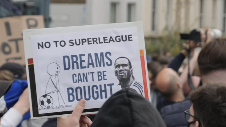 Chelsea fans protest over Super League plans
