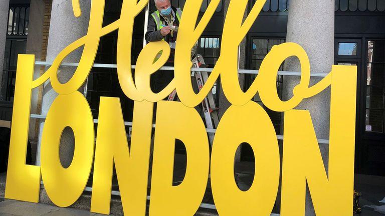 Covent Garden prepares to reopen