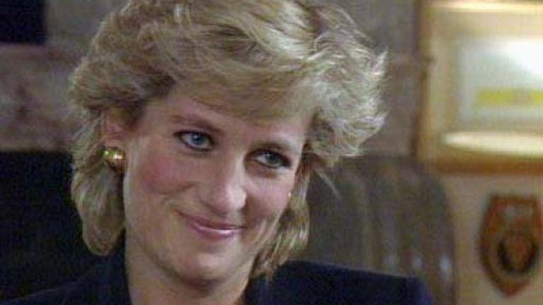 Diana speaks to Panorama presenter Martin Bashir in 1995