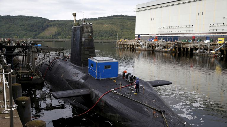 A nuclear submarine is seen at the Royal Navy's submarine base at Faslane, Scotland, Britain August 31, 2015. REUTERS/Russell Cheyne/File Photo