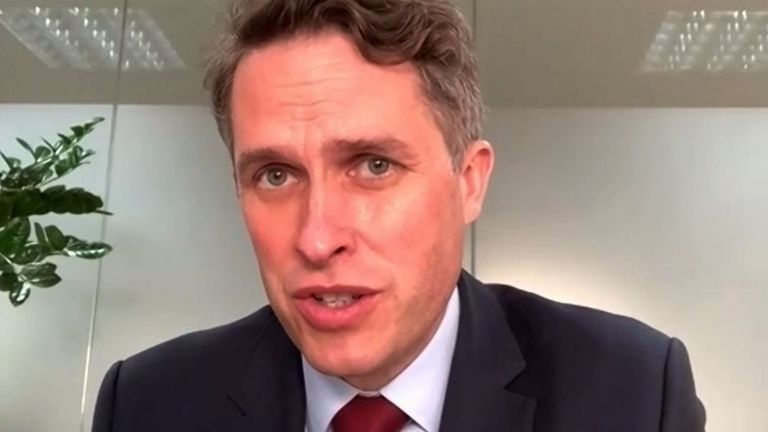 Gavin Williamson says the football Super League must be stopped