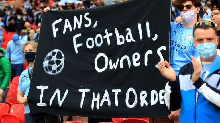 A banner directed at the collapsed European Super League