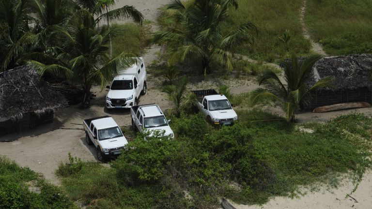 The vehicles from the convoy which left the Amarula hotel that made it to the beach