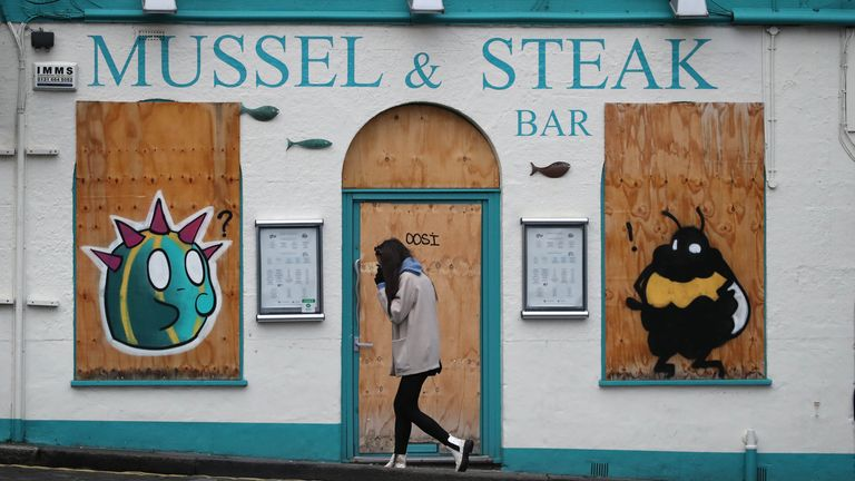A boarded up restaurant in Edinburgh, the morning after stricter lockdown measures came into force for mainland Scotland. Read less Picture by: Andrew Milligan/PA Wire/PA Images Date taken: 05-Jan-2021