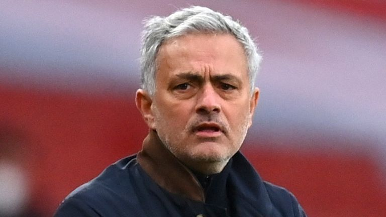 Jamie Carragher does not think Jose Mourinho will manage in England again