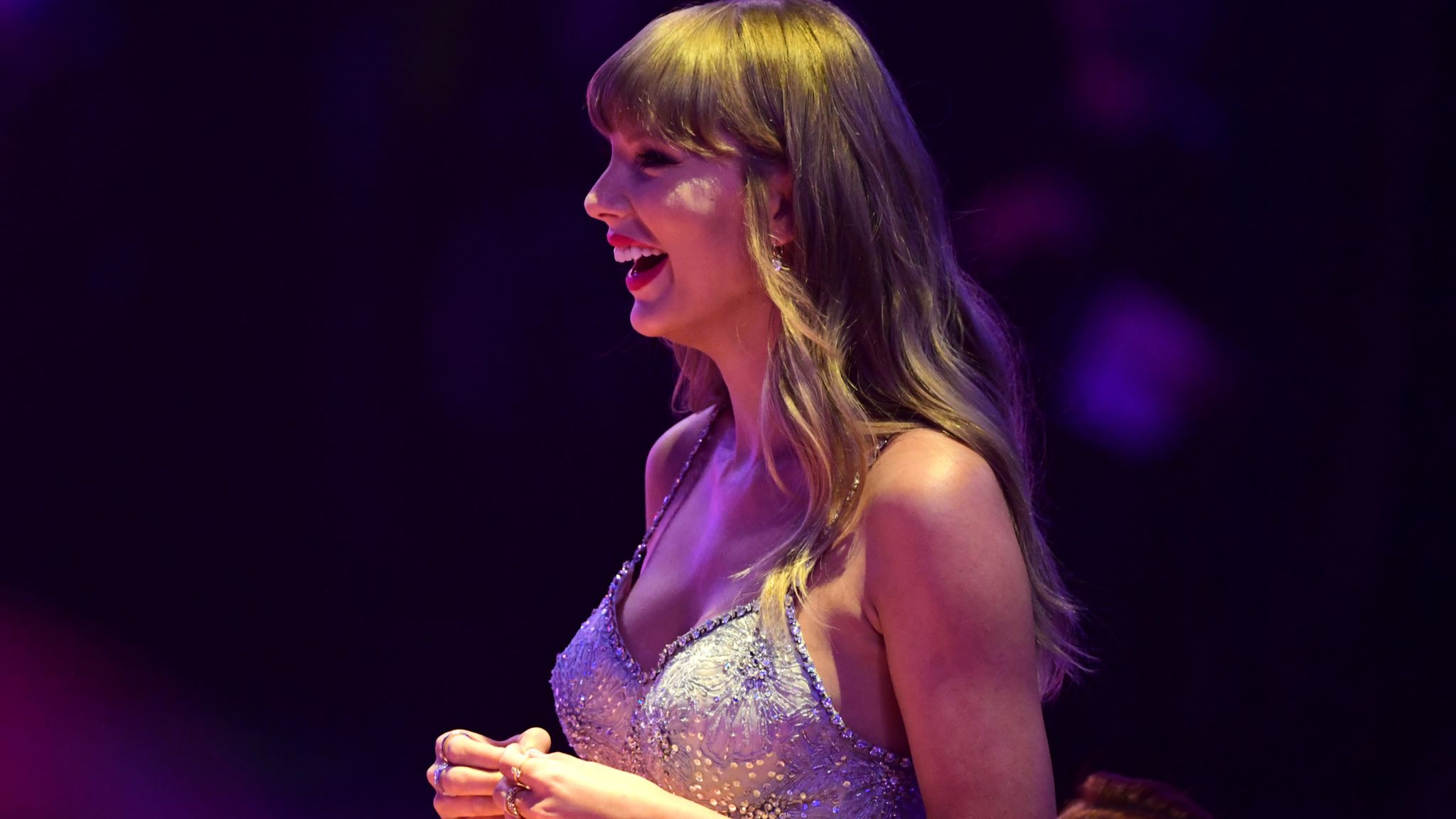 Brit Awards 2021 live: Taylor Swift pays tribute to NHS and key workers as  she picks up global icon award | Ents & Arts News | Sky News