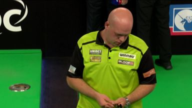 MVG beats Wade in style!