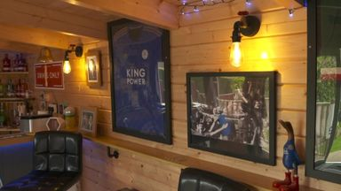 Fans create Leicester-themed pub!