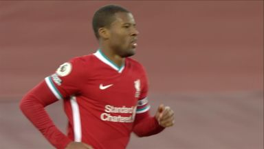 Wijnaldum hits the bar! (26)