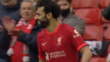 Big chance for Salah (80)