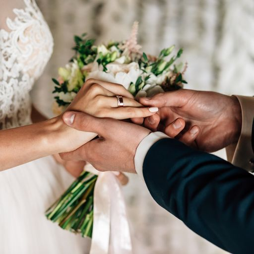 Limits on weddings in England to be scrapped from 21 June