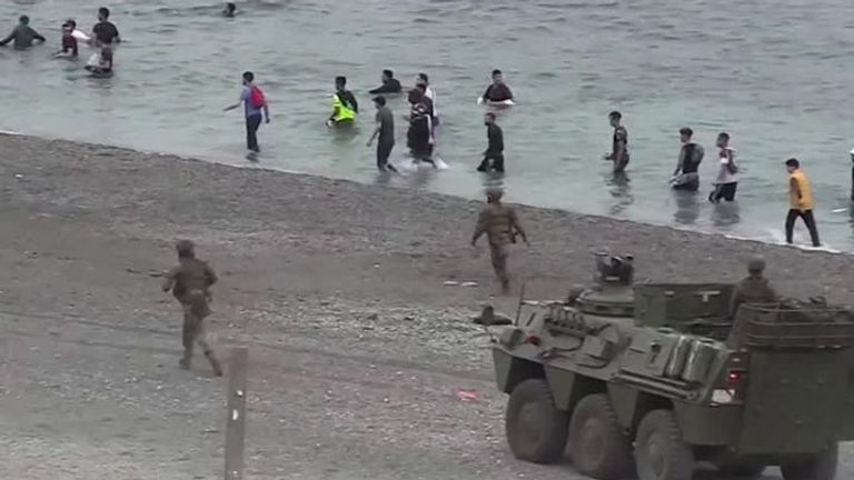 Soldiers deployed againt migrants in Ceuta