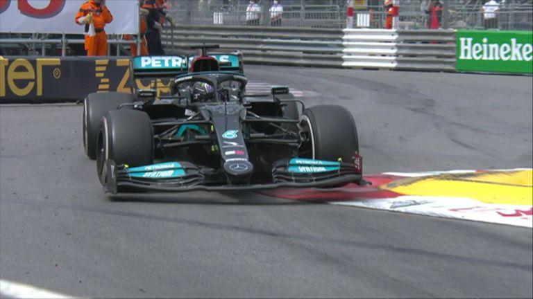 Hamilton expresó su frustración con la radio del equipo cuando el siete veces campeón del mundo terminó séptimo en Mónaco.