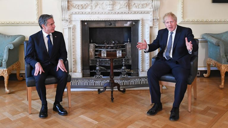 G7 Foreign and Development Ministers meeting. Prime Minister Boris Johnson (right) with United States Secretary of State Antony Blinken inside 10 Downing Street, London. Picture date: Tuesday May 4, 2021.