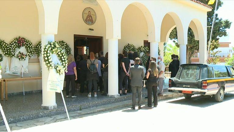 Η κηδεία πραγματοποιήθηκε στο ελληνικό νησί της Αλοννήσου