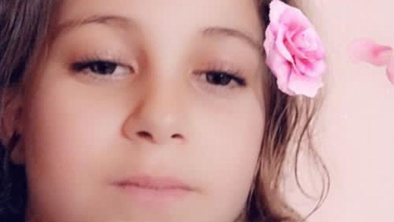 دیما ، 11 ساله ، در اثر جنگ انفجار در خانه اش در غزه هنگام جنگ اسرائیل و غزه کشته شد.  عکس: انتخاب تیم مارک استون در غزه