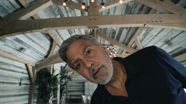 George Clooney behind the scenes of the new Warburtons advert