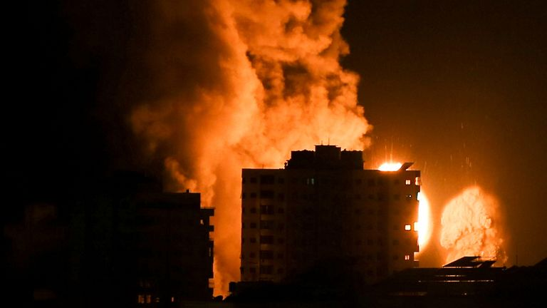 Air strikes have continued in Gaza overnight