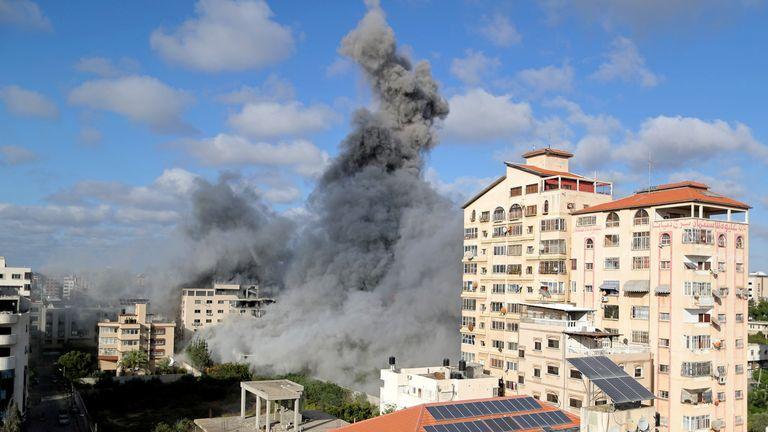انفجارهای بیشتر شهر غزه را لرزاند