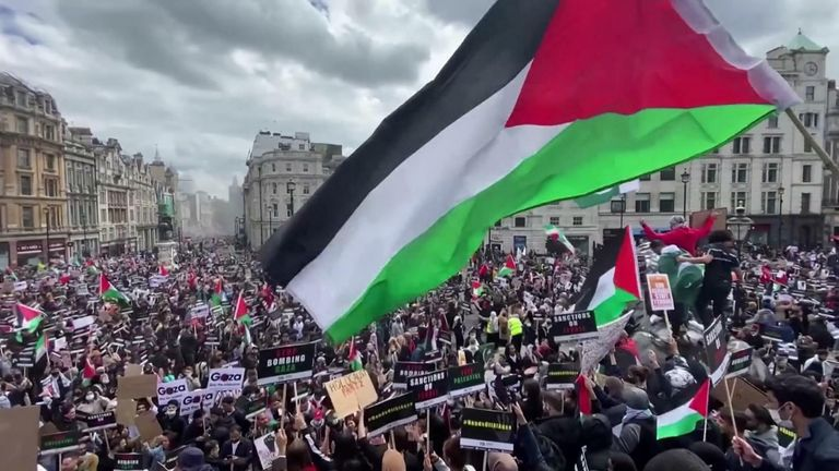 Thousands of pro-Palestinian demonstrators march in London