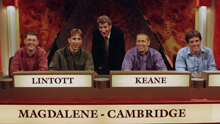 Jeremy Paxman pictured presenting University Challenge in 2000. Image: Shutterstock