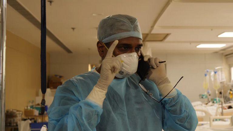 Laporan Alex Crawford - New Delhi, India. Krisis COVID-19. Gambar diambil dari paket Sky News