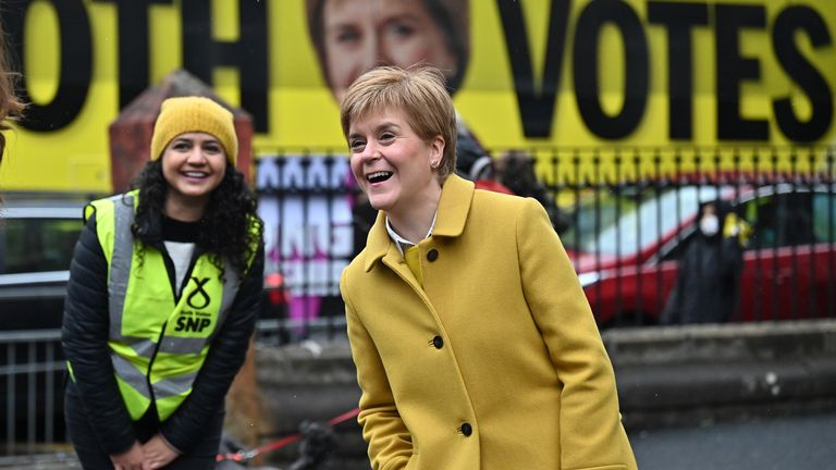 First minister Nicola Sturgeon (L) campaigning with Roza Salih