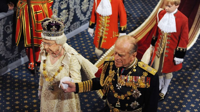 Queen Elizabeth ll and Prince Philip, Duke of Edinburgh attend the State Opening of Parliament on November 18, 2009..Photo by Anwar Hussein